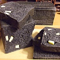 竹碳乳酪麵包 004.jpg