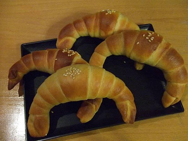 南瓜牛角麵包 003.jpg
