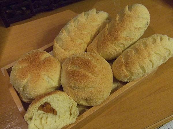 香榭柿餅薯香麵包 001.jpg