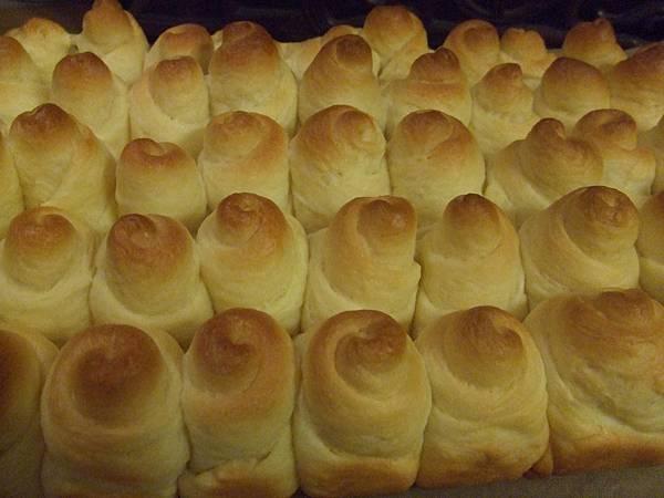 黃金羊角麵包 002.jpg