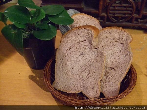 湯種紫香米吐司 013.jpg