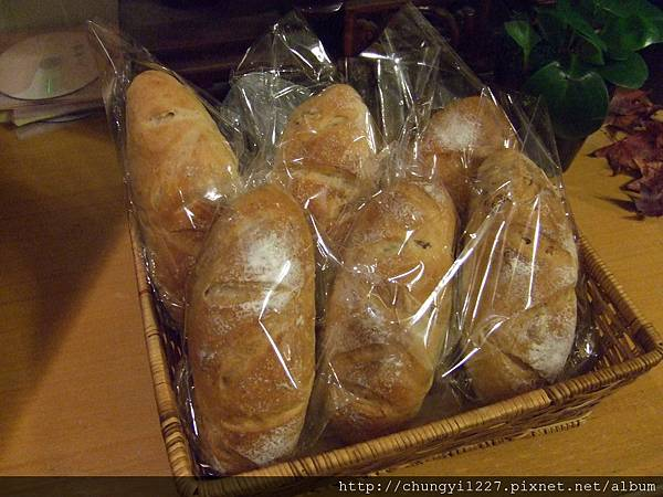 核桃起司麵包 019.jpg