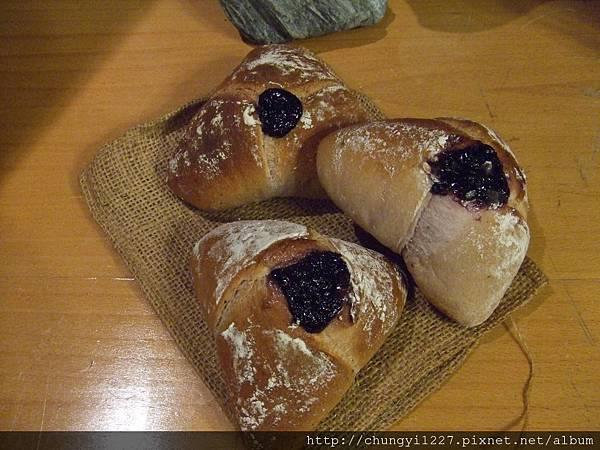 年初二做的麵包 019.jpg