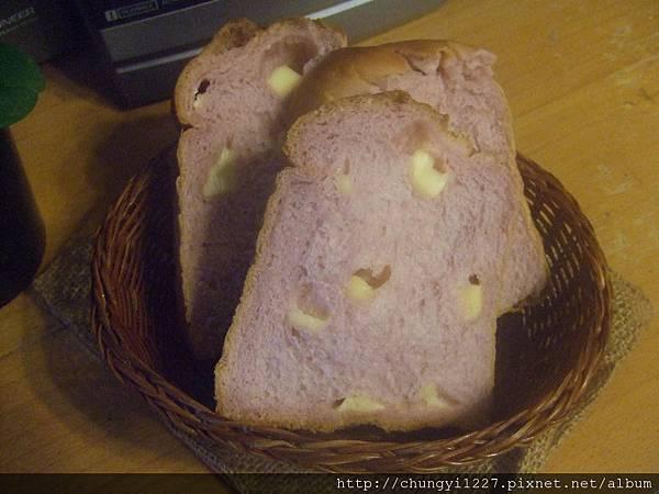 2012.3.14 歐蕾辮子吐司 紫薯乳酪丁 023