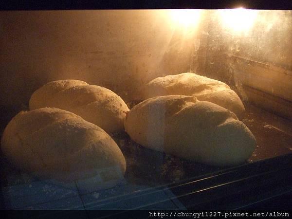 2012.5.17發芽米麵包 009