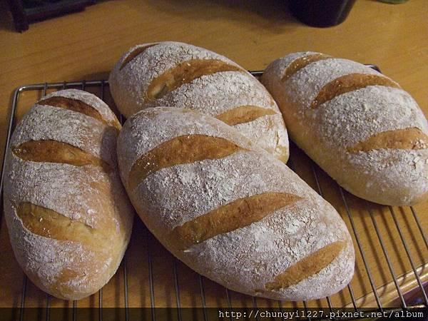 2012.5.17發芽米麵包 012