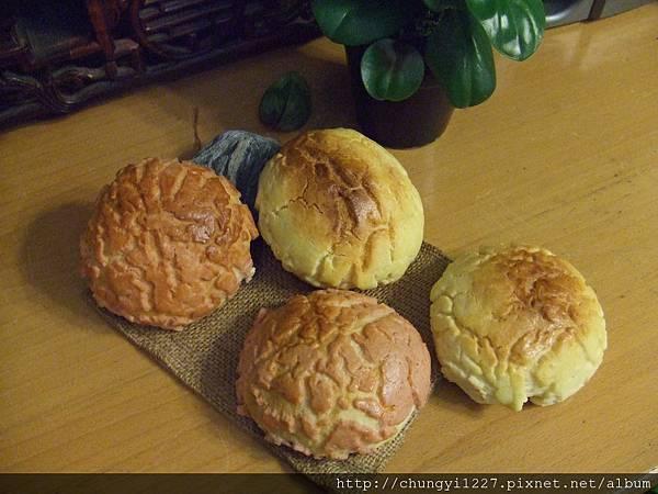 菠蘿小烏龜麵包 005