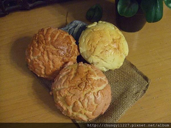 菠蘿小烏龜麵包 006