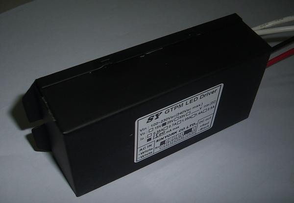 p-25v-1.5a-3.JPG