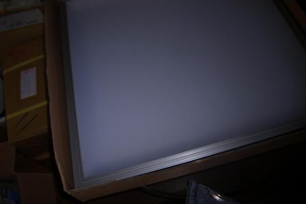 LED 輕鋼架