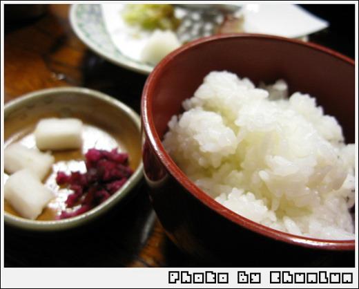 順正湯豆腐 - 白飯 & 漬物
