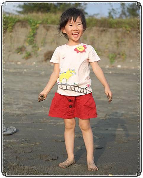 海邊玩沙戲水 (6)