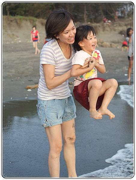 海邊玩沙戲水 (16)
