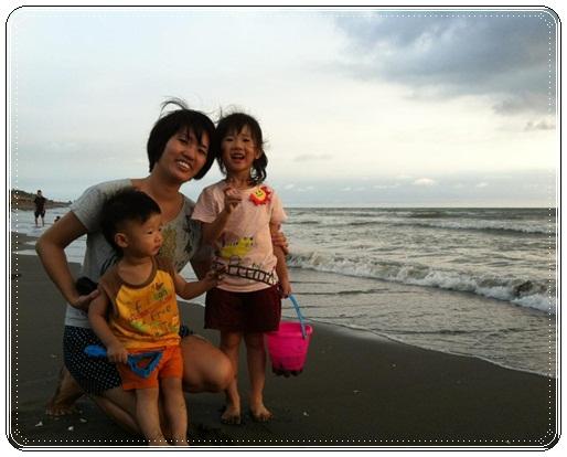 海邊玩沙戲水 (19)