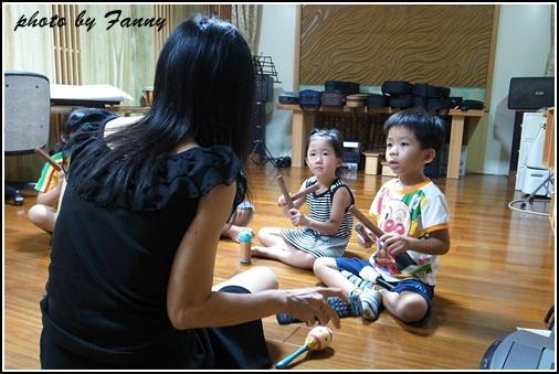 音樂律動課 (2)