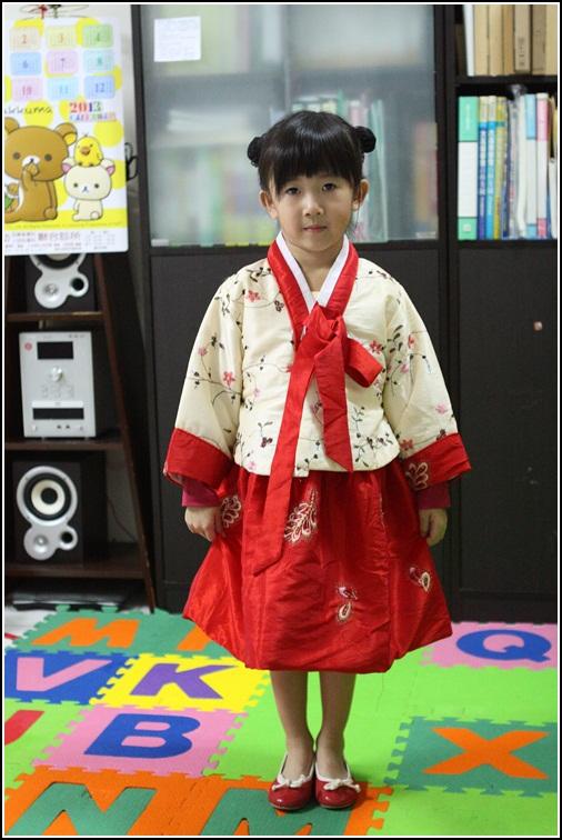 新年服 (2)