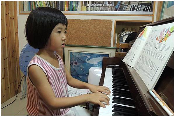 鋼琴練習 (2)