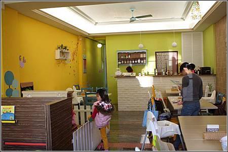樂氣球親子餐廳 (1)