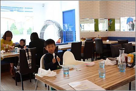 FLY KIDS親子歡樂餐廳 (6)