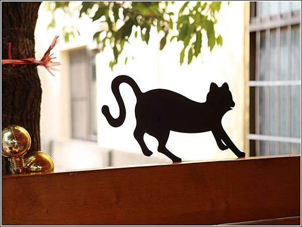 屋頂上的貓 (39)