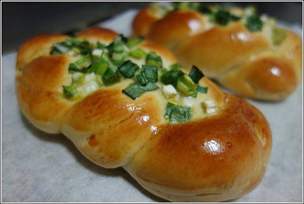 香蔥肉鬆麵包 (15)