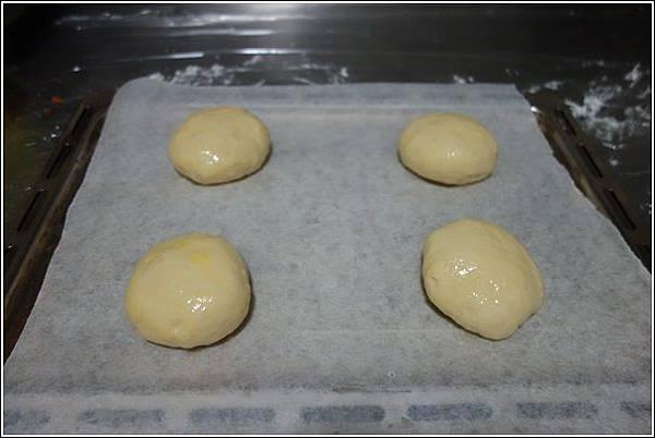 起酥肉鬆麵包 (5)