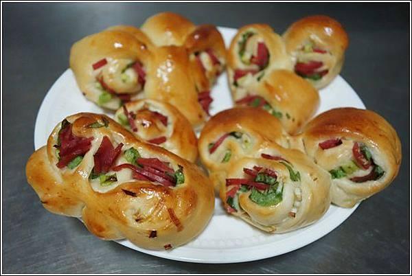 香蔥火腿麵包 (2)