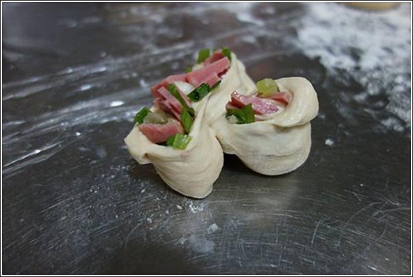 香蔥火腿麵包 (8)