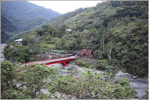 名泉旅遊山莊 (7)