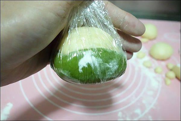 抹茶烏龜波蘿麵包 (14)