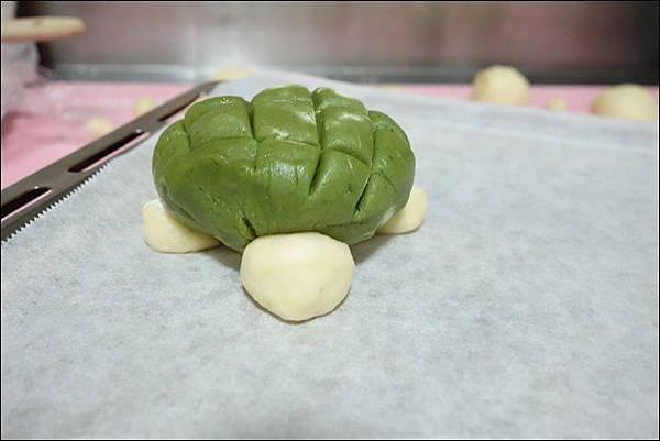 抹茶烏龜波蘿麵包 (17)