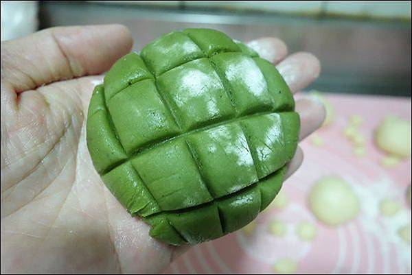 抹茶烏龜波蘿麵包 (15)