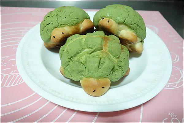 抹茶烏龜波蘿麵包 (24)