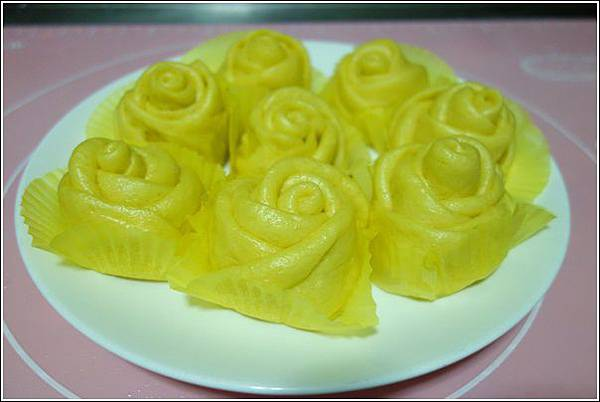 南瓜玫瑰花饅頭 (1)