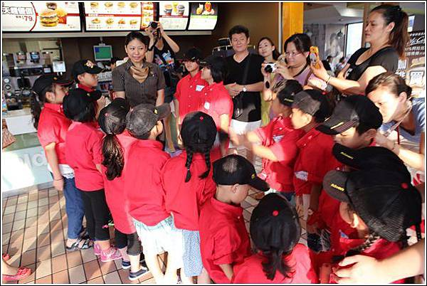 麥當勞小小服務員體驗 (11)