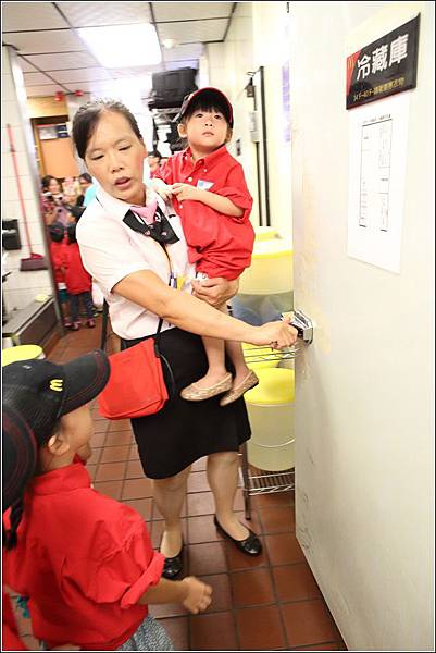 麥當勞小小服務員體驗 (14)