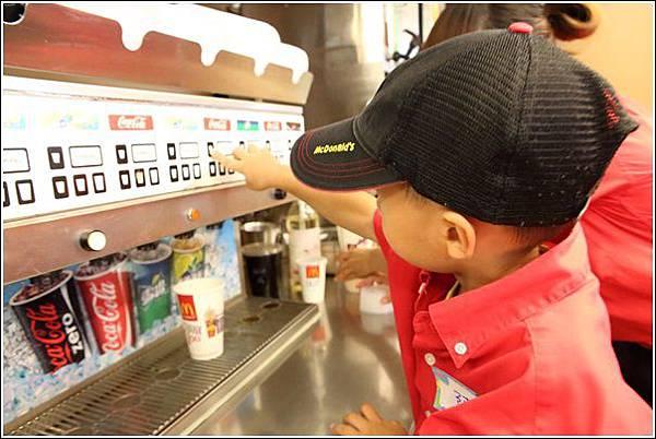 麥當勞小小服務員體驗 (31)