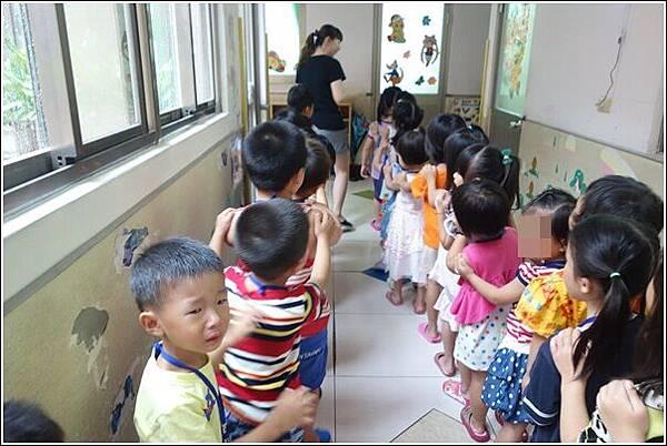 幼兒園第二天 (9)