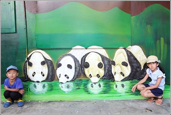石龜溪貓熊彩繪 (33)