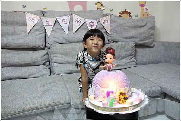 昕六歲生日 (28)
