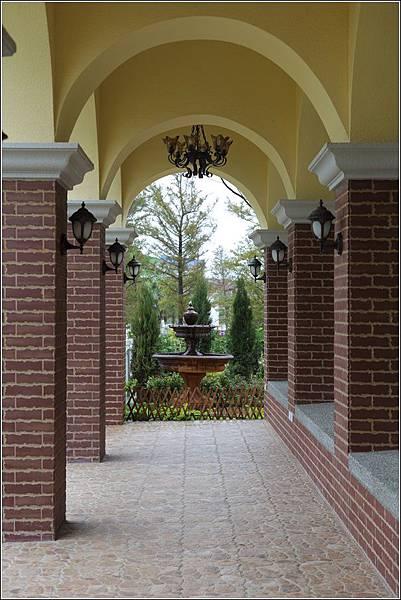 探索迷宮歐式庭園餐廳 (7)