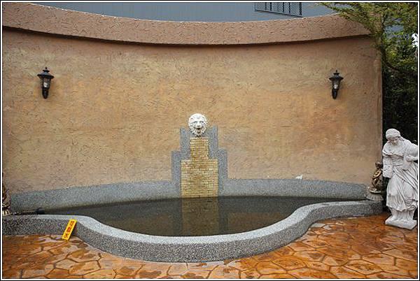 探索迷宮歐式庭園餐廳 (21)