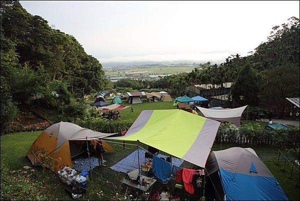 趣露營 (118)