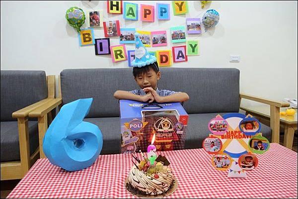 奕奕6歲生日 (8)