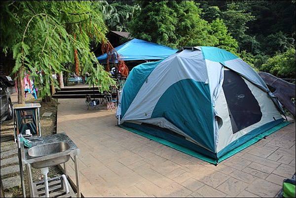 野漾會館露營區