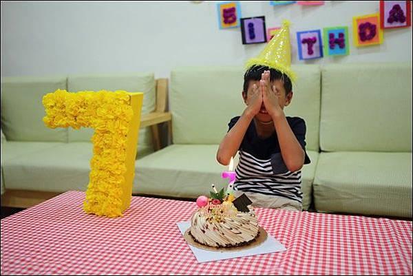 奕7歲生日 (5).jpg