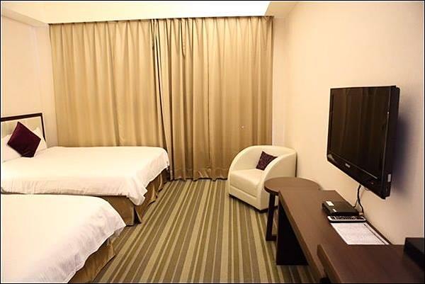 F Hotel (6).jpg