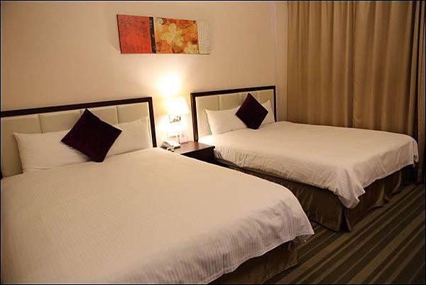 F Hotel (7).jpg