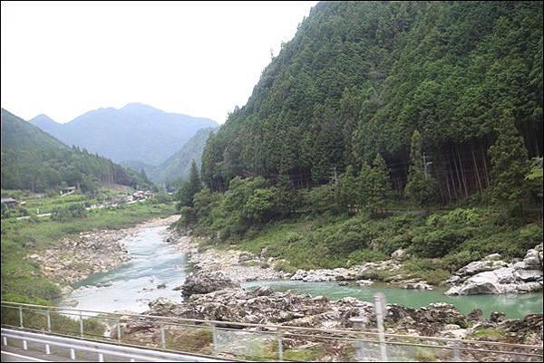 高山 (4).jpg