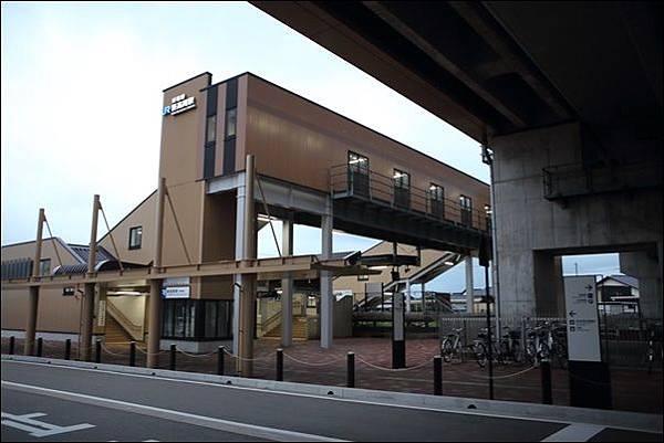 高岡駅 (10).jpg